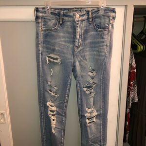 Light wash High rise jeans